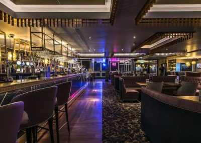 Genting-Casino-Westcliff-Long-Bar-Area-696x391